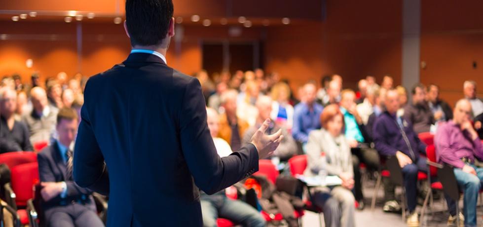 Como abrir uma empresa de palestras